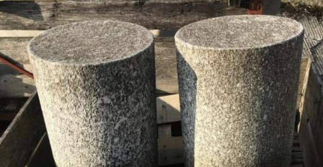 Borne, Granit Serrizo